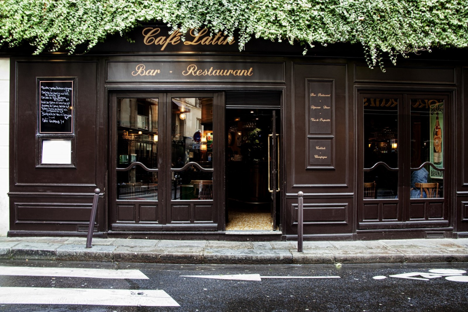Café Latin Bar Restaurant Latin Quarter Paris  OFFICIAL